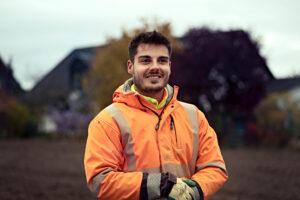 Junger Bauarbeiter www.roesch-unternehmensberatung.de @julianschulz